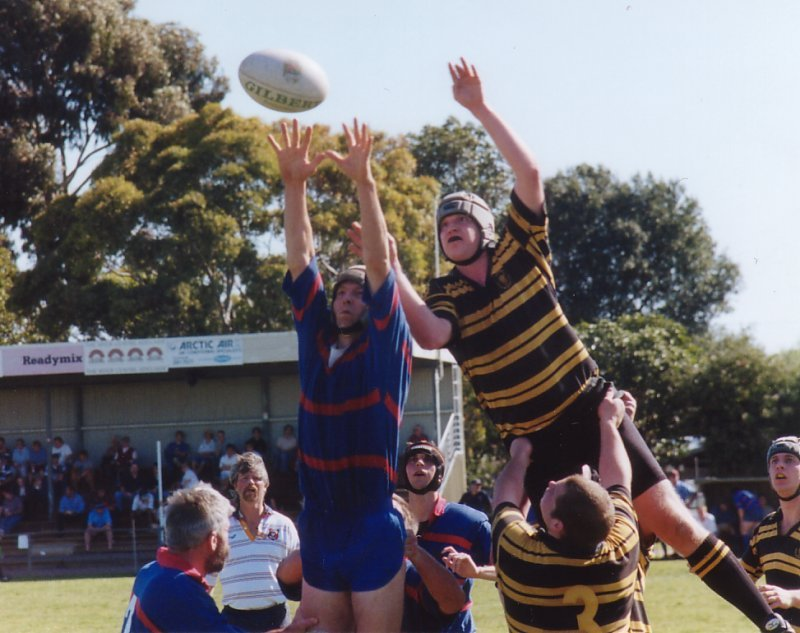 140902-1sts-lineout