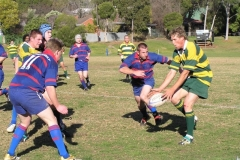1st-XV-Rob-about-to-tackle
